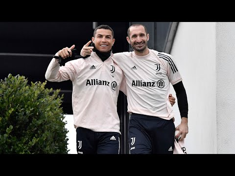 ?? NEW YEAR'S DAY 2021 JUVENTUS TRAINING | KEEP-BALL & HEADERS AT GOAL!